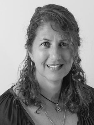Eileen Curto